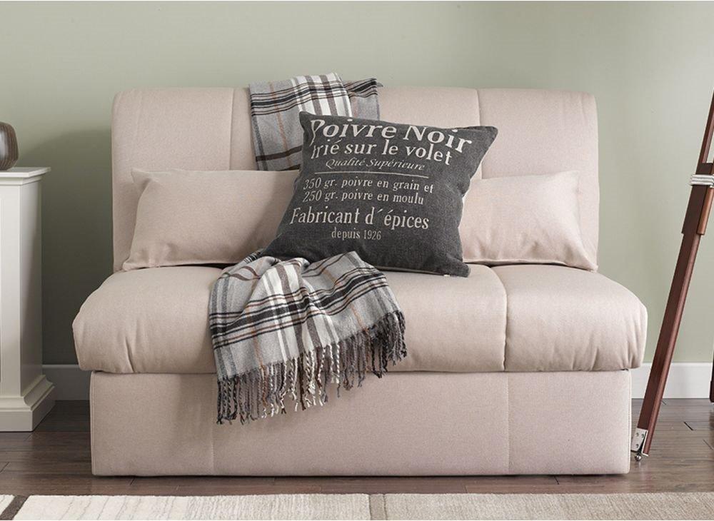 Маленький раскладной диван для сна - фото в интерьере