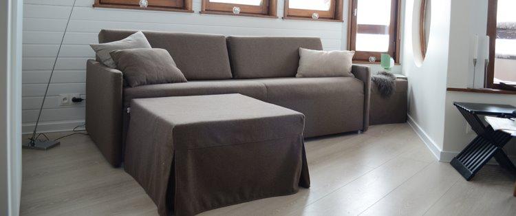 Фото небольшого дивана со спальным местом