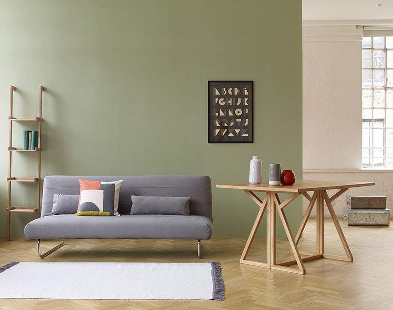 Прямой компактный диван с механизмом трансформации