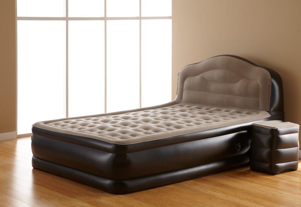 Высокая надувная кровать с изголовьем