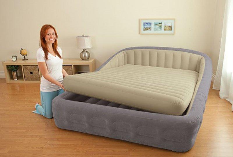 Большая двуспальная надувная кровать с нишей под матрас