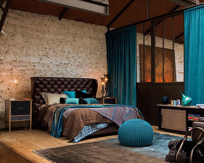 Стильная спальная комната с матрасом