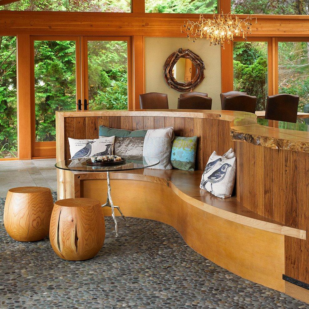 Фото волнообразного жесткого дивана встроенного в кухонный остров