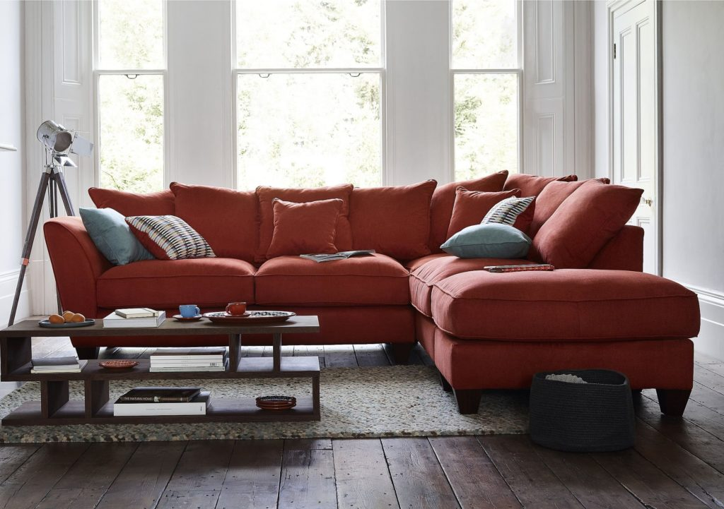 Фото углового дивана с механизмом раскладушка