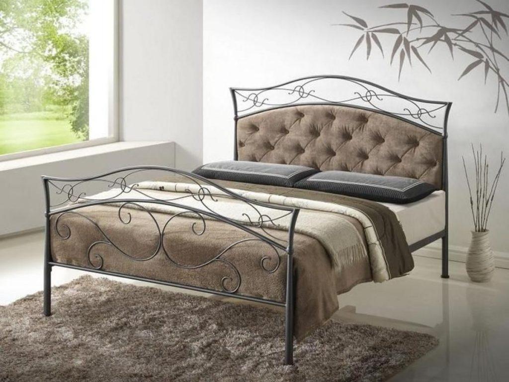 Фото металлической кровати