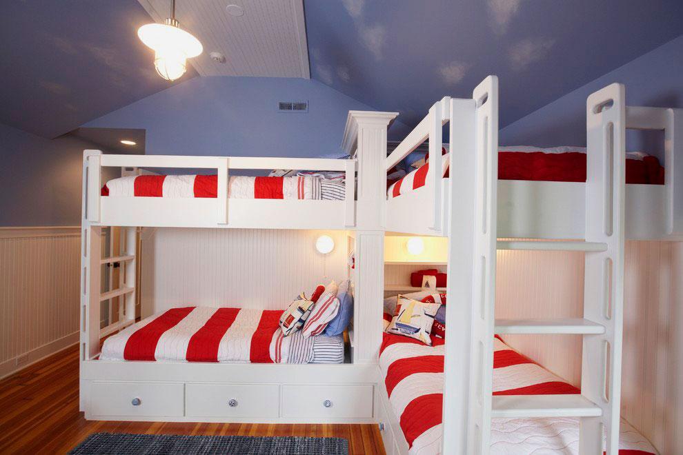 Угловая двухъярусная четырехместная кровать