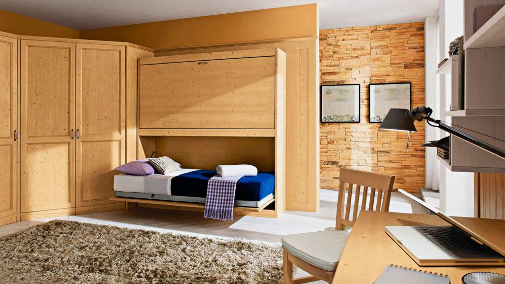 Интерьер комнаты со встроенной в шкаф двухъярусной кроватью трансформером
