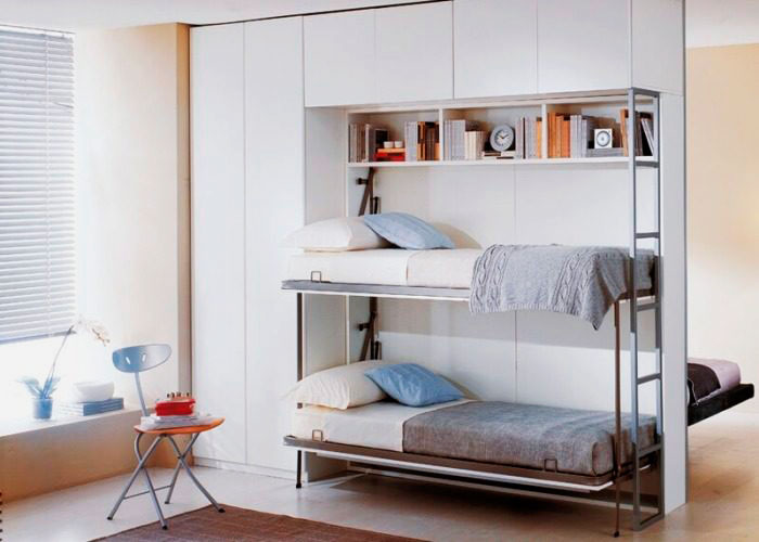 Подъёмная двухъярусная кровать