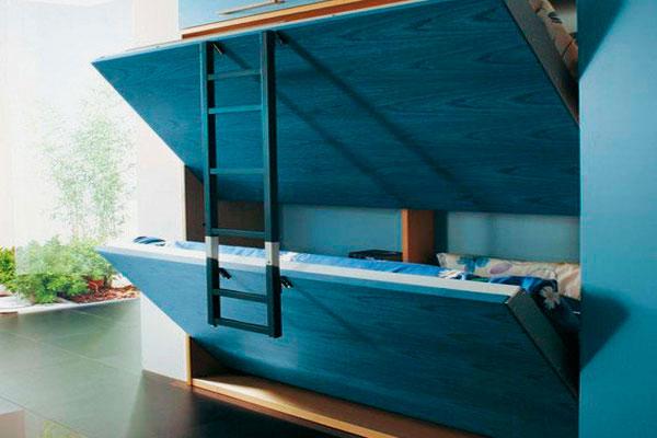 Фото откидной двухъярусной шкаф-кровати с деревянными фасадами