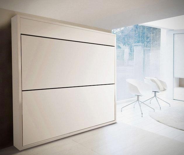 Откидная двухъярусная кровать в интерьере комнаты