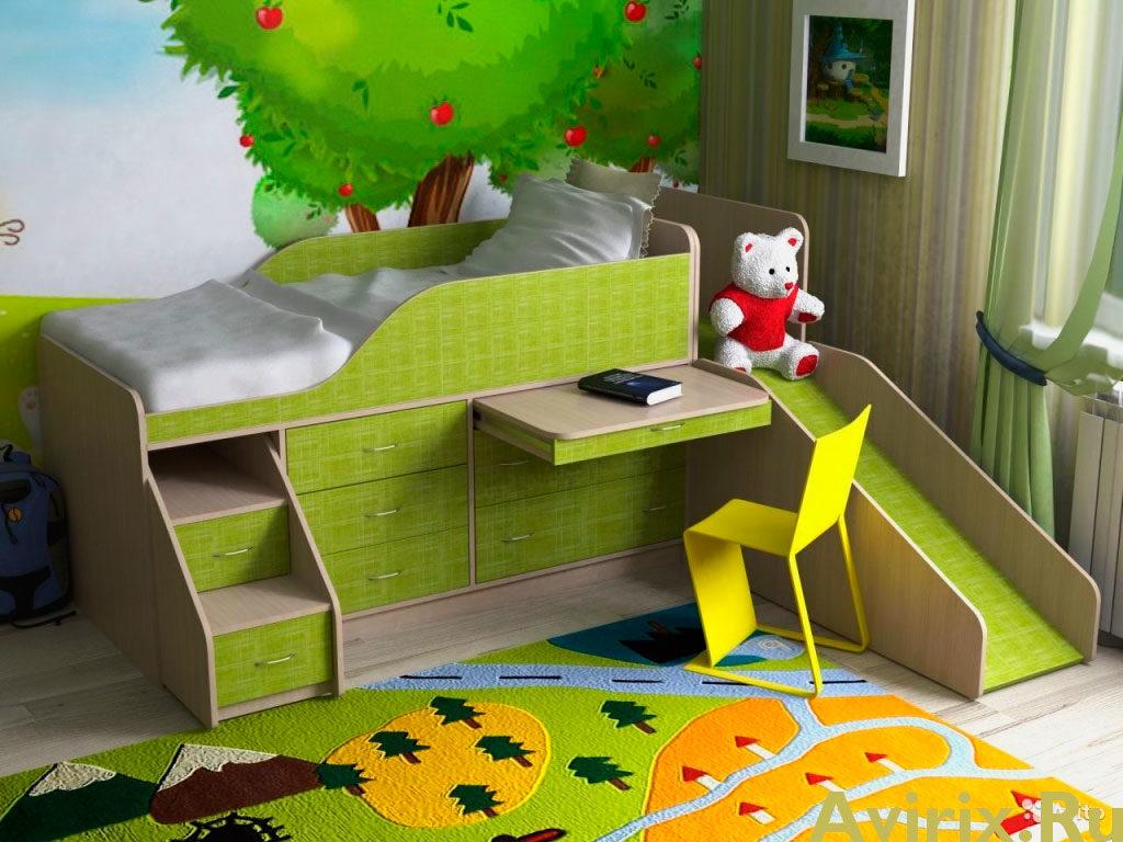 Детская кровать с ящиками и выдвижным столом и приставной горкой