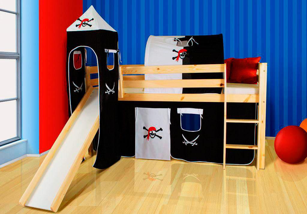 Кровать чердак с горкой для мальчиков в пиратском стиле