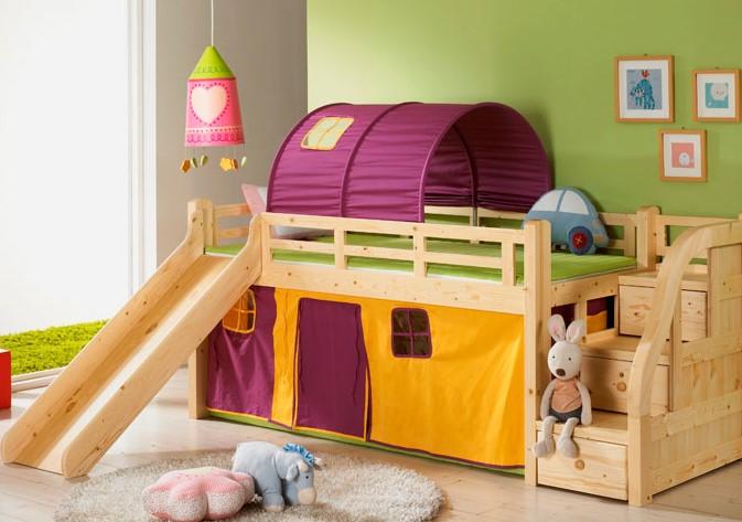 Кровать чердак с горкой и игровой зоной внизу