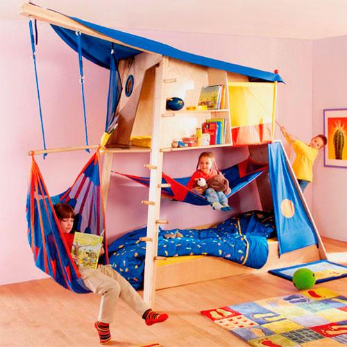 Детская кровать с игровой зоной (15)