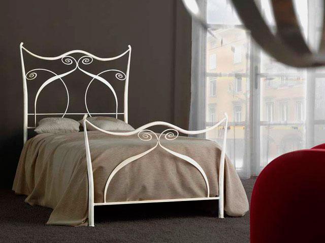 Кованая кровать (10)