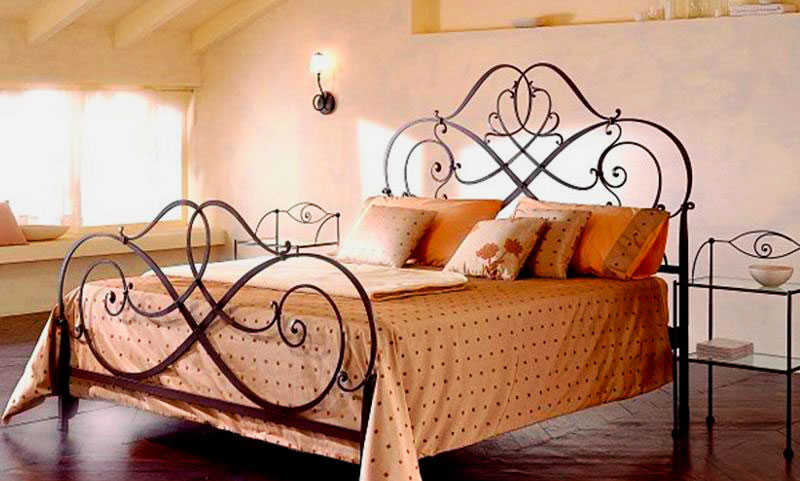Кованая кровать (15)