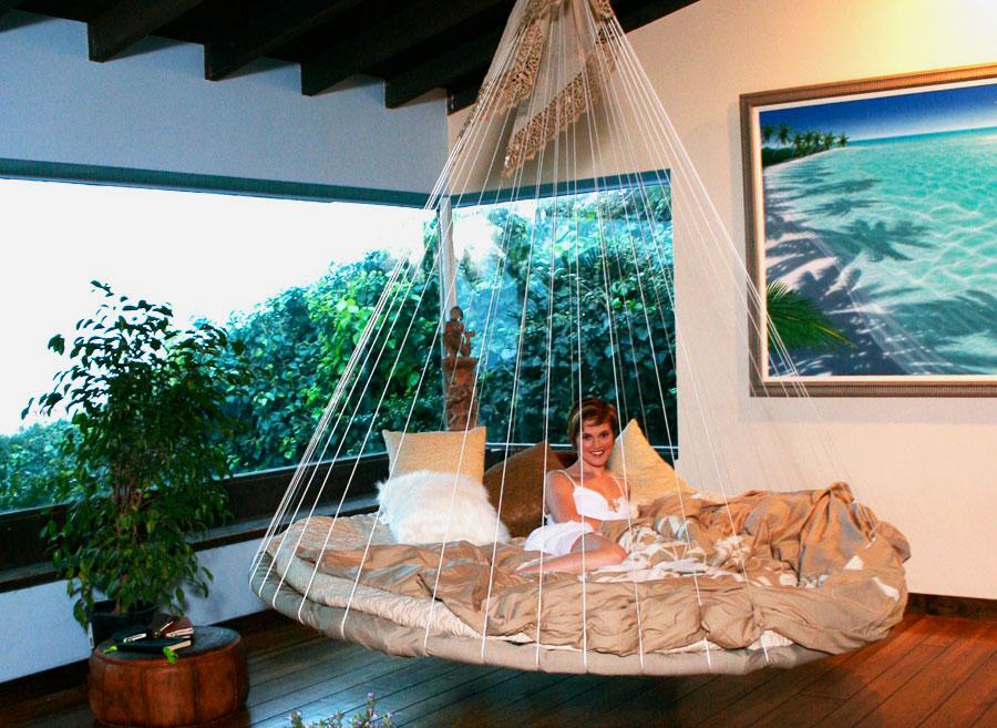 Фото круглой кровати подвесного типа