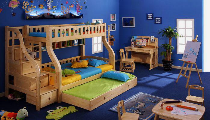 Двухъярусная кровать с выкатной кроватью внизу