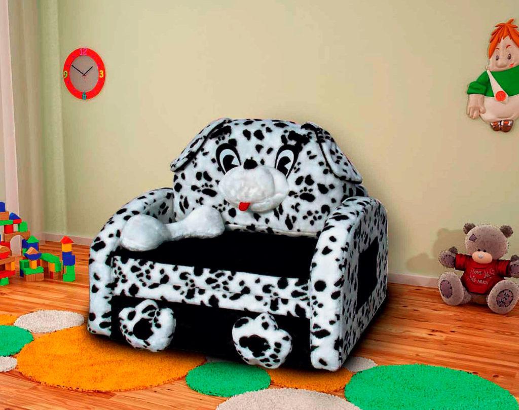 Раскладное кресло для ребенка в виде собаки