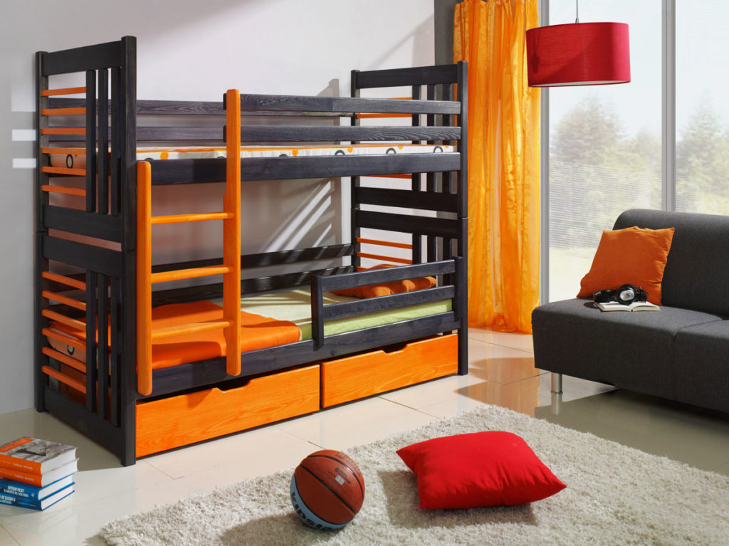 Фото классической двухъярусной кровати