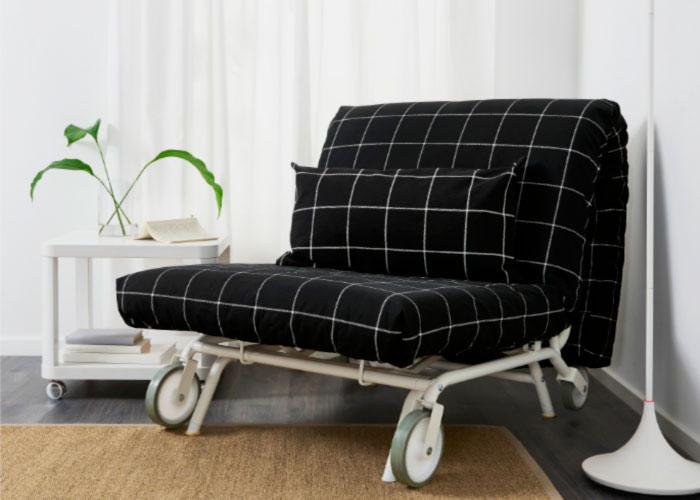 Фото кресла с раскладным механизмом и ортопедическим матрасом