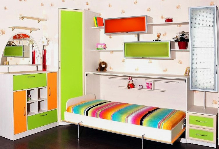 Кровать-комод в интерьере детской комнаты