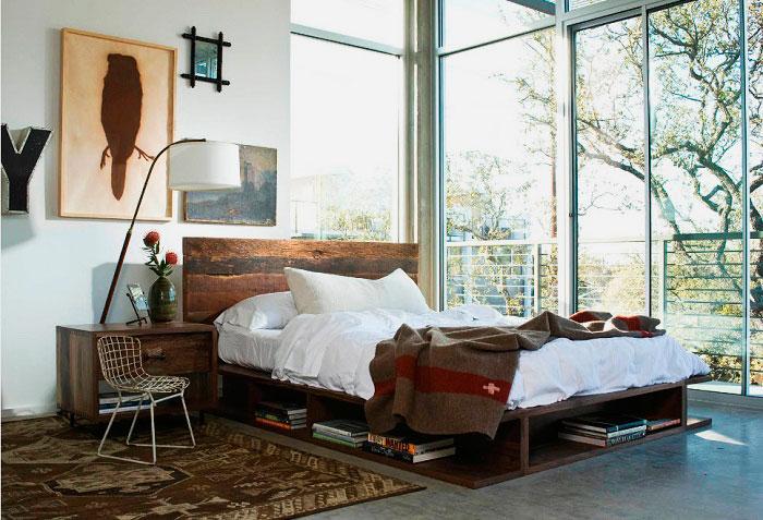 Фото кровати в спальне с каркасом со встроенными полками
