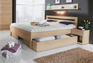 Кровать с выкатным ящиком для белья