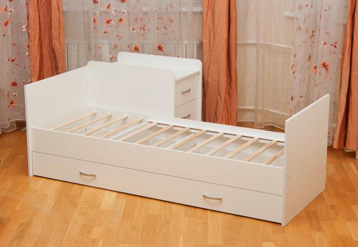 Фото основания большой кровати из комплекта трансформер для новорожденных