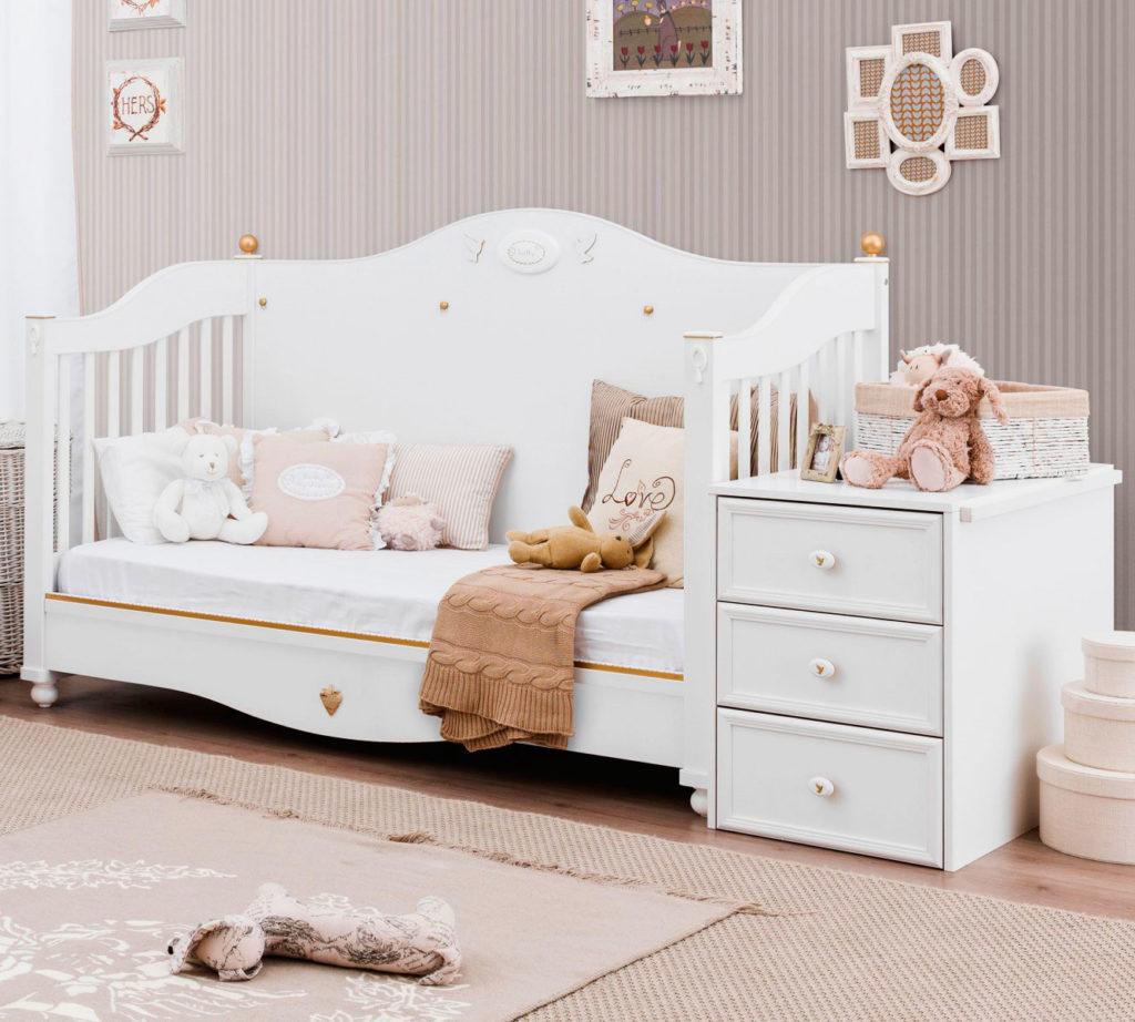 Трансформируемая кроватка для новорожденных детей