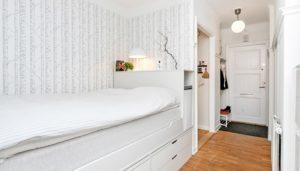 Фото кровати в коридоре