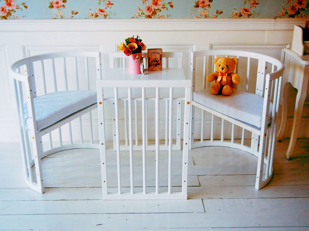 2 кресло и столик для детей
