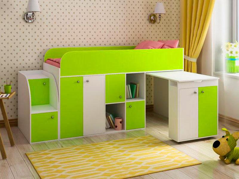 Низкая кровать-чердак с выдвижным столом и шкафом внизу
