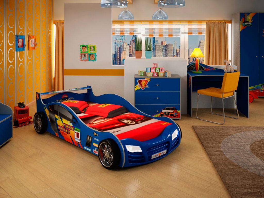 Кровать-машина в интерьере детской комнаты