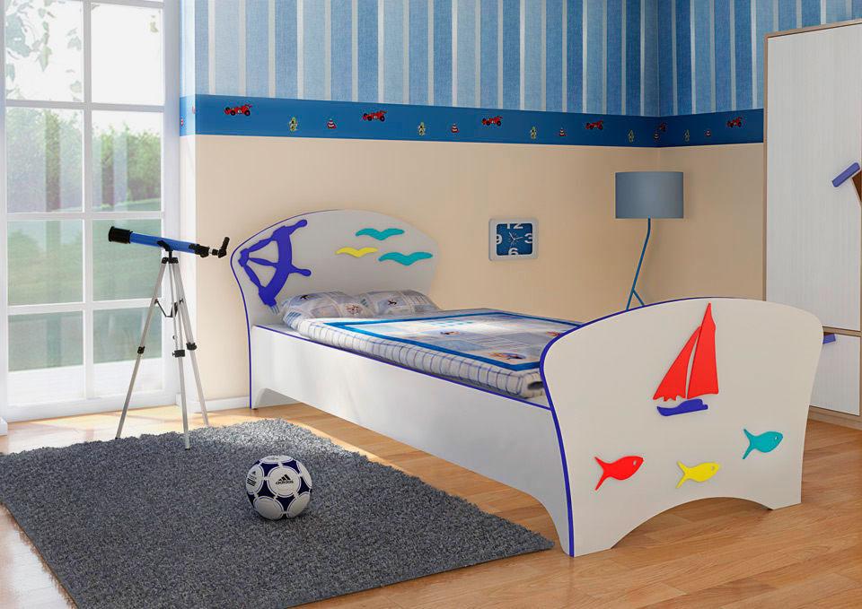 Интерьер детской комнаты в морском стиле с классической кроватью в интерьере