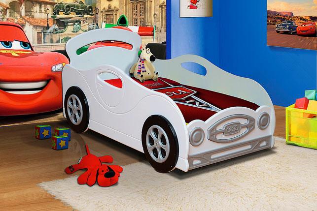 Детская кровать-машина для мальчика