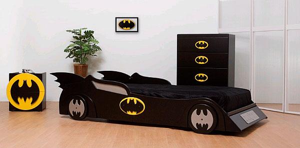 Детская кровать для мальчиков в виде Бетмобиля