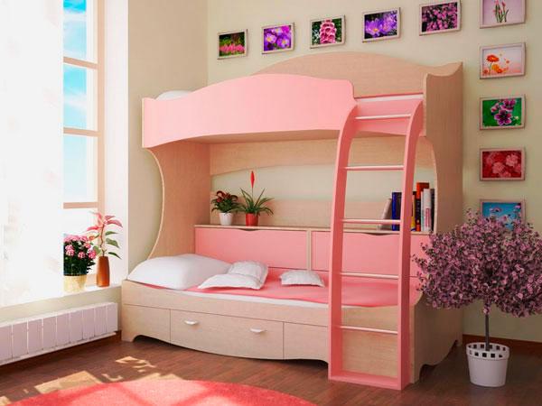 Детская двухъярусная кровать для девочек с высокими бортиками из дерева на втором ярусе