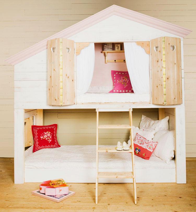 Двухъярусная кровать для девочек стилизованная по домик