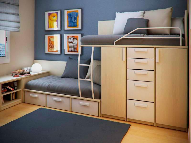 Деревянная двухъярусная кровать для мальчиков со шкафами и выдвижными ящиками
