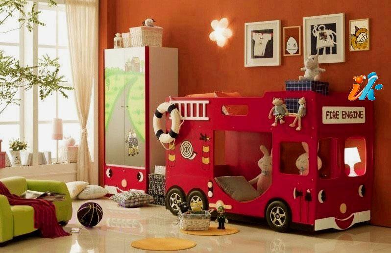 Фото детской двухъярусной кровати для мальчиков в виде пожарной машины
