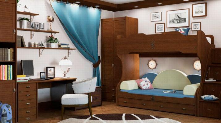 Деревянная двухъярусная кровать в итерьере комнаты мальчиков подростков