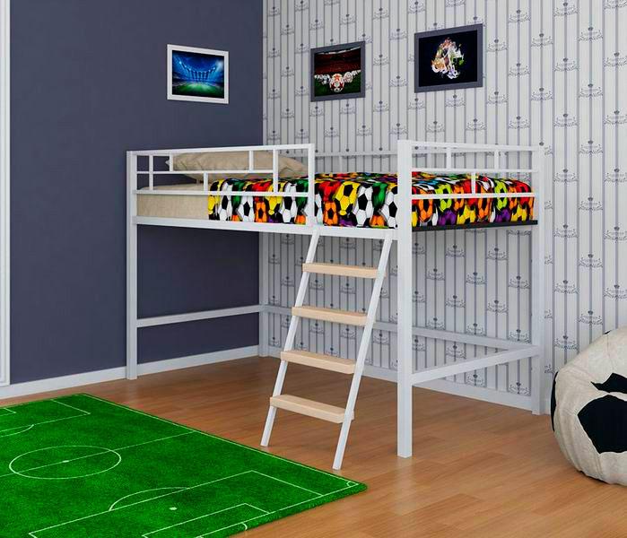 Низкая металлическая кровать-чердак для детей
