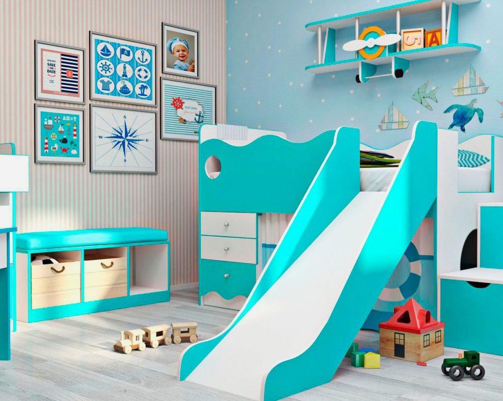 Кровать-чердак с горкой в морском стиле
