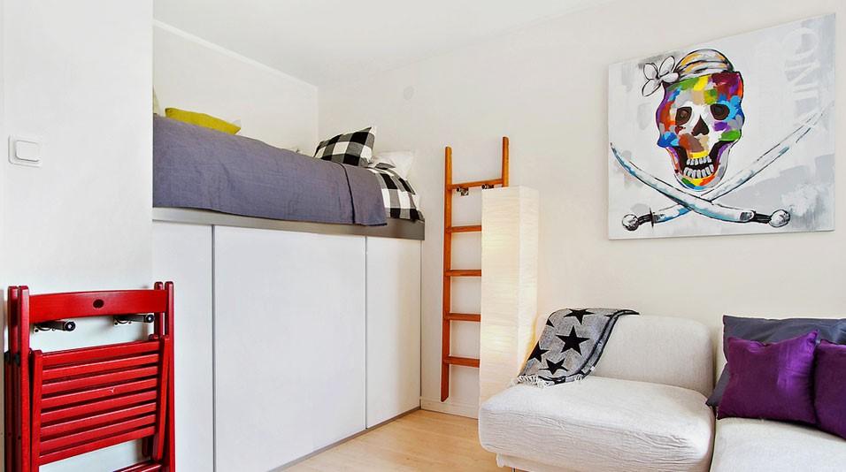 Кровать-чердак со шкафом