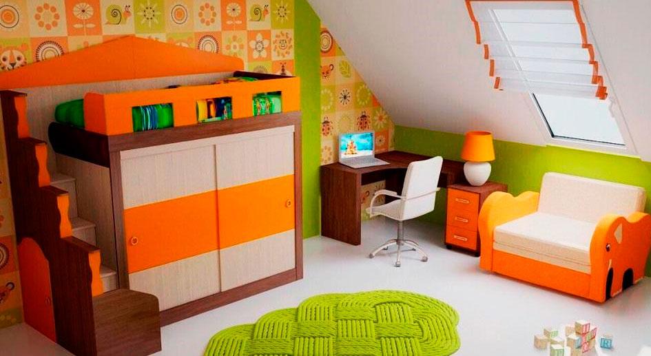 Кровать-чердак для детей со встроенным шкафом купе без стола