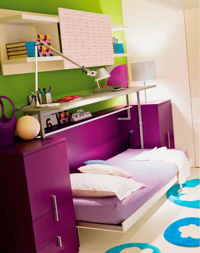 Шкаф-стол-кровать трансформер в интерьере комнаты девушки