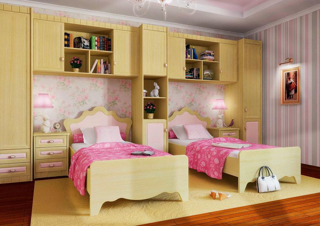 Две кровати в интерьере комнаты девушек подростков