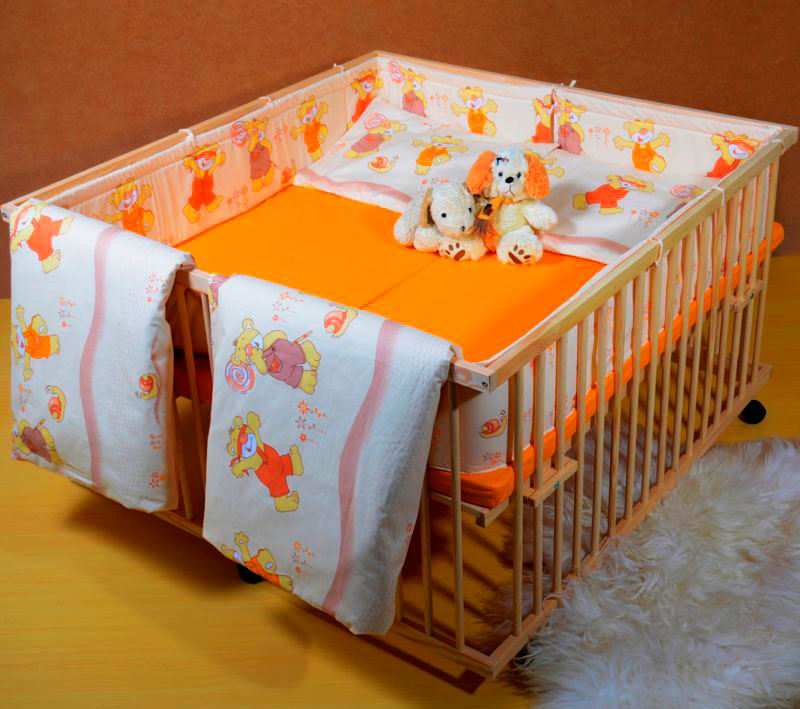 Детская кроватка для двойняшек с общим спальным местом