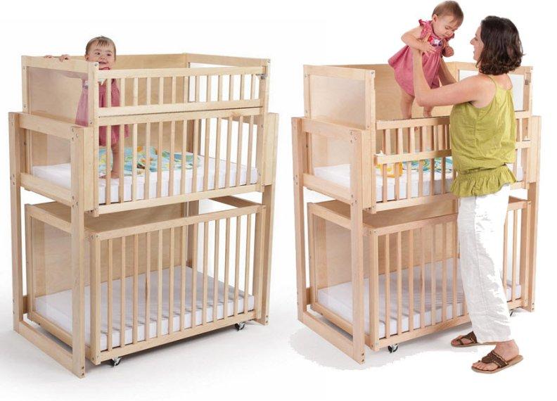 Фото двухъярусной модели кровати для новорожденных